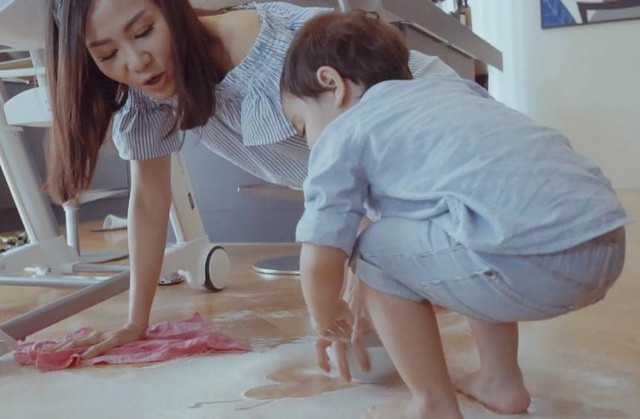 Thu Minh lộ diện con trai và cuộc sống bà mẹ bỉm sữa sau 1 năm ở ẩn.