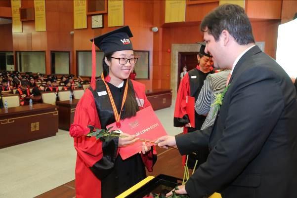 VUS nâng kỷ lục 106.932 học viên nhận chứng chỉ quốc tế - 3