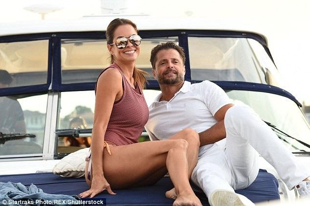 Brooke mới ly dị chồng là David hồi tháng 4 vừa qua