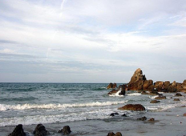 Bãi biển Đá Nhảy, nơi xảy ra sự việc