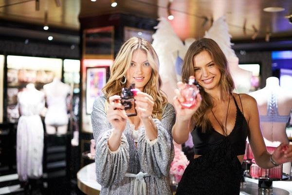 Martha Hunt và Josephine Skriver là thiên thần của hãng Victorias Secret đã 3 năm nay