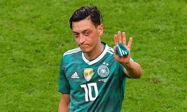 Mesut Ozil chính thức từ giã ĐT Đức hôm 22/7