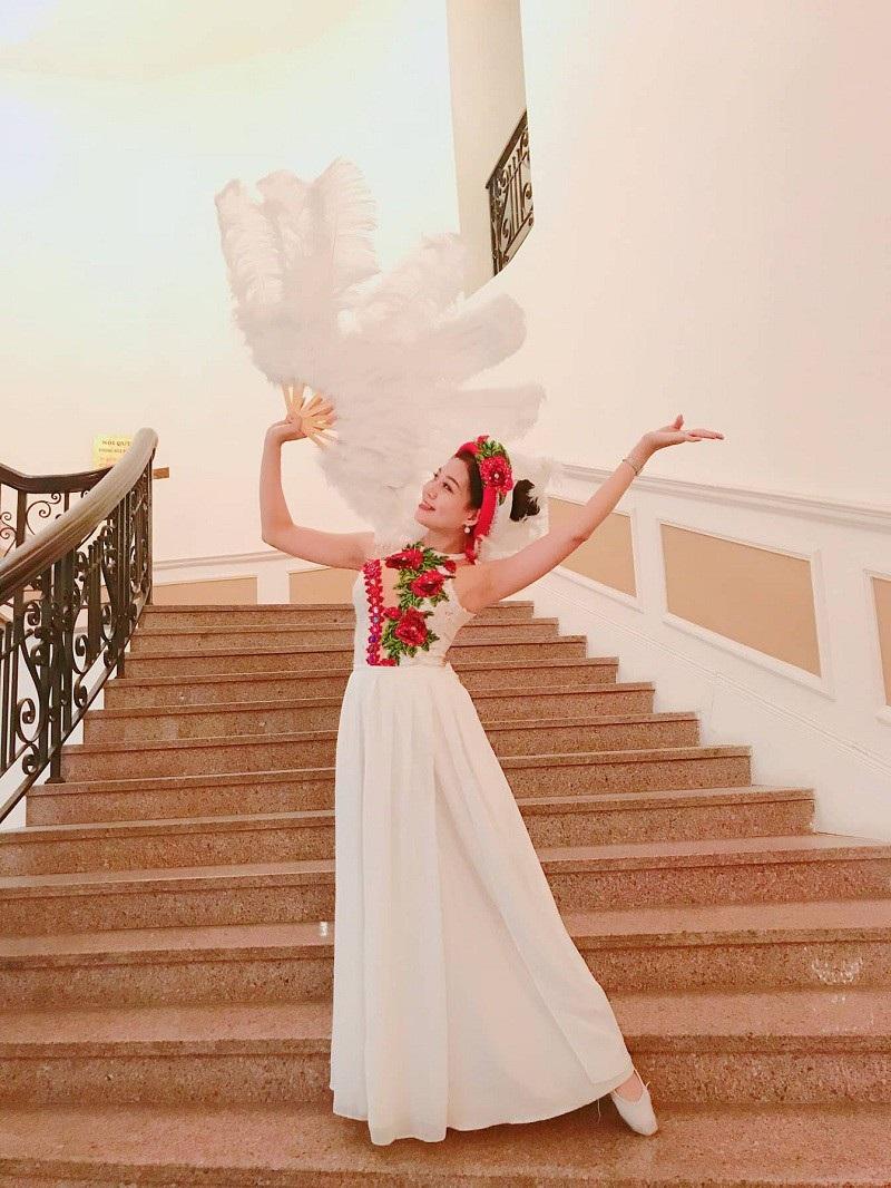 Thảo Linh là diễn viên múa và kinh doanh