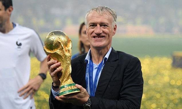 Deschamps là ứng cử viên sáng giá cho HLV hay nhất năm 2018 nhờ chức vô địch World Cup cùng đội tuyển Pháp