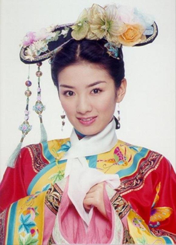 Huỳnh Dịch từng là một trong những ngôi sao hàng đầu của làng giải trí Hoa ngữ.