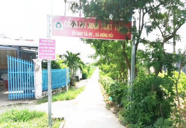 Đường vào ấp Đay Tà Ni (xã Hưng Hội, huyện Vĩnh Lợi, tỉnh Bạc Liêu), nơi xảy ra vụ việc.