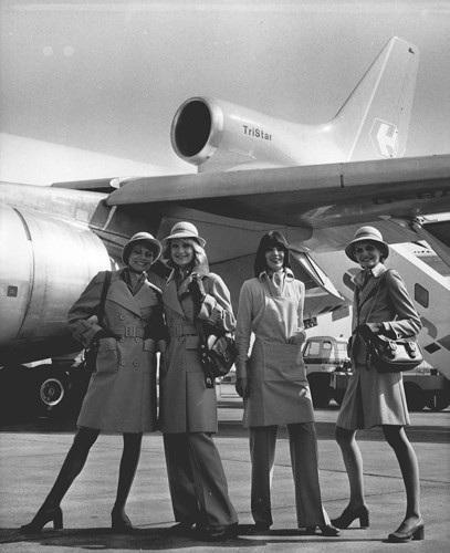Hình ảnh cho thấy những đổi thay trong các chuyến bay xưa và nay - 33