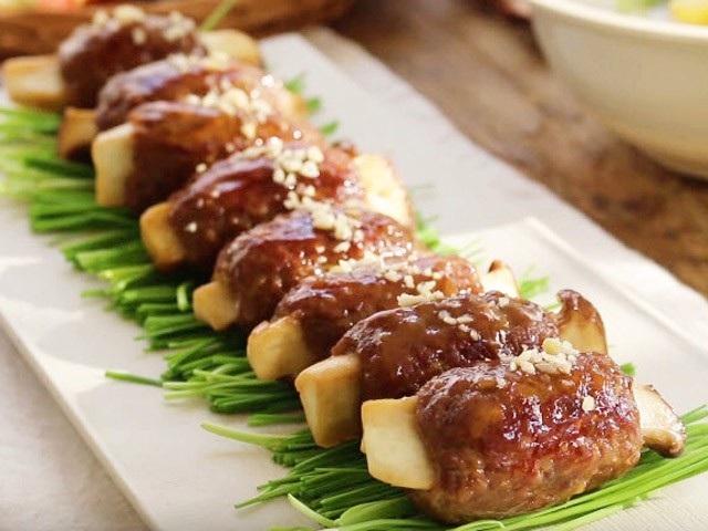 Cách làm thịt bò băm bọc nấm lạ miệng đưa cơm - 3