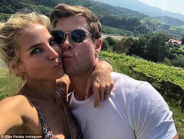 Nữ diễn viên xinh đẹp khoe ảnh bên chồng, Thần Sấm Chris Hemsworth
