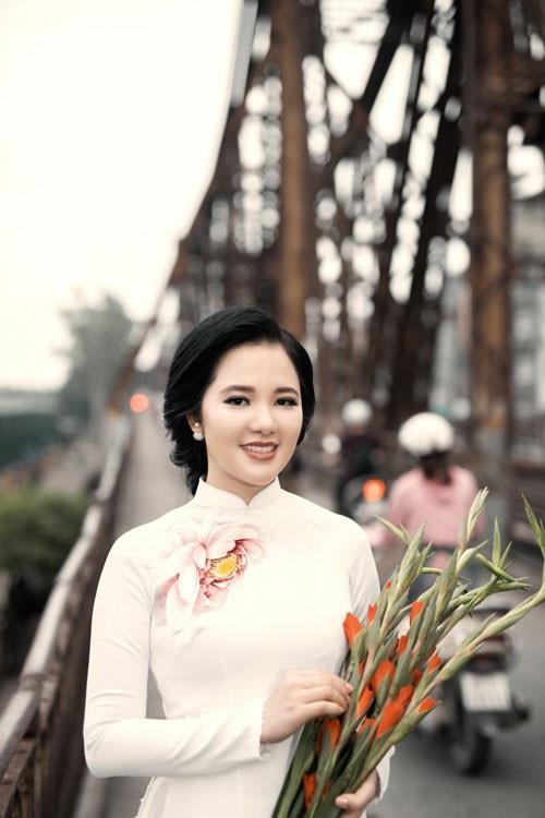 """Phạm Thuỳ Dung xúc động với ca khúc về cô gái ngã ba Đồng Lộc, """"Cúc ơi"""" - 4"""