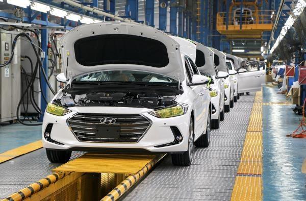 Chọn hướng đầu tư sản xuất tại Việt Nam, nhiều doanh nghiệp đang đạt kết quả kinh doanh vững chắc. Ảnh: Nguyễn Hà
