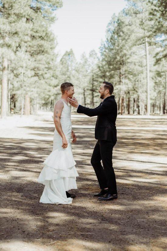 """Chú rể bàng hoàng khi cô dâu """"bị đánh tráo"""" trong lễ cưới - 6"""