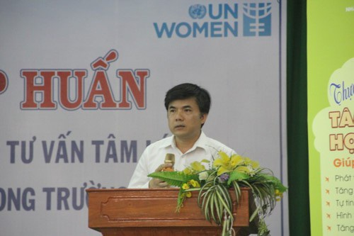 Ông Bùi Văn Linh - Phó Vụ trưởng Phụ trách Vụ Giáo dục Chính trị và Công tác HSSV, Bộ GD&ĐT phát biểu khai mạc