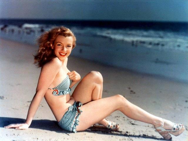 Marilyn Monroe thởi trẻ