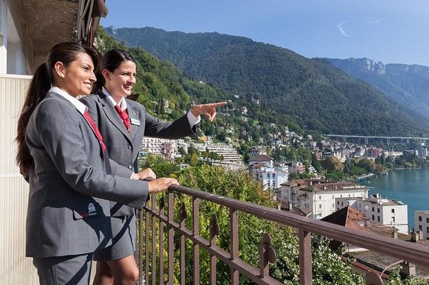 Sinh viên tại Hotel Institute Montreux (HIM) luôn tự tin và đầy năng lượng