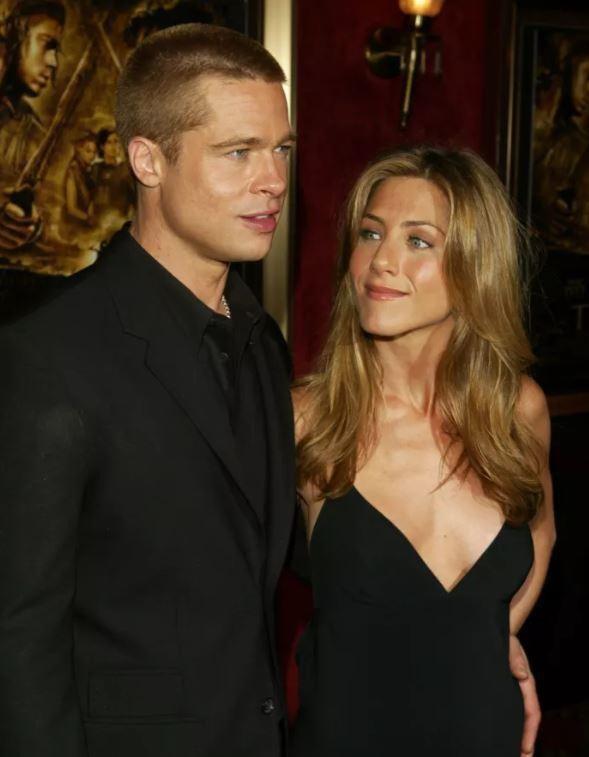 Dường như khi đang gắn bó với người phụ nữ nào, Brad Pitt luôn biết cách để trở nên giống với người phụ nữ đó.