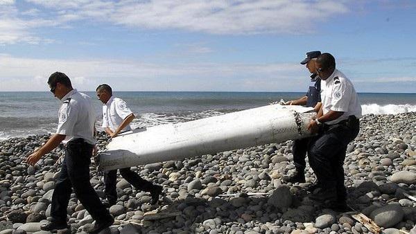 Một phần cánh của máy bay MH370 đã được tìm thấy (Ảnh: AFP)