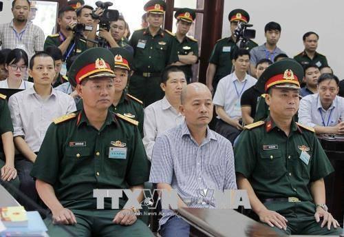 """""""Út trọc"""" Đinh Ngọc Hệ bị đề nghị từ 12-15 năm tù (ảnh: TTXVN)"""