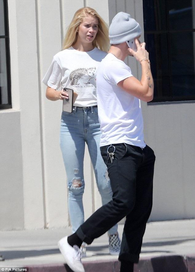 Brooklyn từng cặp kè với người mẫu Playboy hơn tới 10 tuổi - Lexy Panterra sau khi chia tay Chloe và trước khi hò hẹn với Abi.