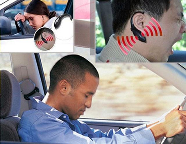 Một số hãng, như Nap Zapper, No Nap hay Doze Alert, phát triển hệ thống phát hiện buồn ngủ gắn vào tai như tai nghe không dây. Phát hiện lái xe buồn ngủ nhờ đo góc của đầu người lái.