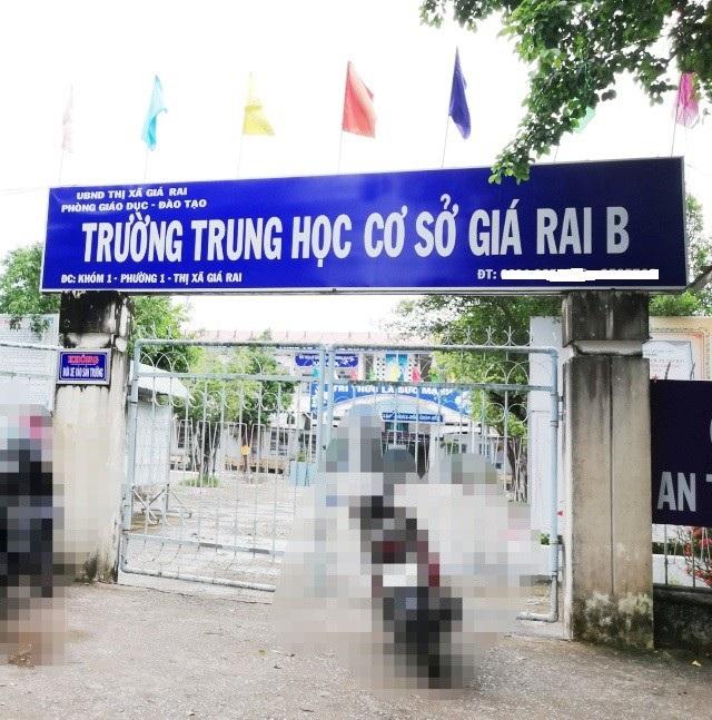 Trường THCS Giá Rai B (phường 1 thị xã Giá Rai, tỉnh Bạc Liêu).