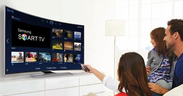 Facebook phát trực tiếp Ngoại Hạng Anh: Nhu cầu Smart Tivi tăng đột biến 400% - 2