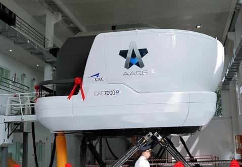 Thiết bị mô phỏng buồng lái cho dòng máy bay A320/321 đang được Vietnam Airlines sử dụng để đào tạo chuyển loại phi công