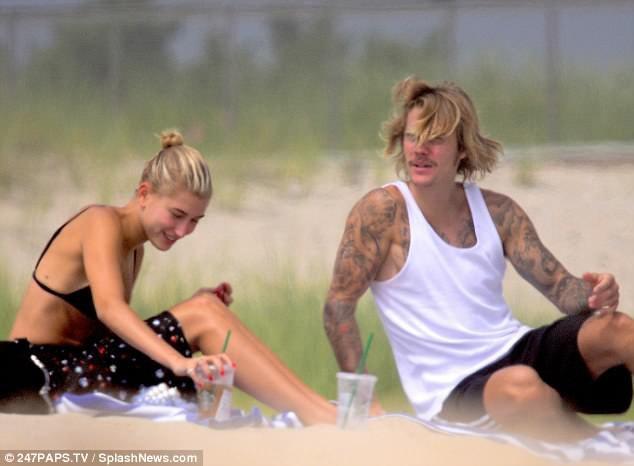 Justin Bieber hạnh phúc bên Hailey Baldwin sau khi chia tay Selena Gomez - 8