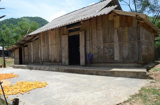 Ngôi nhà trống hoác của gia đình bé Quý