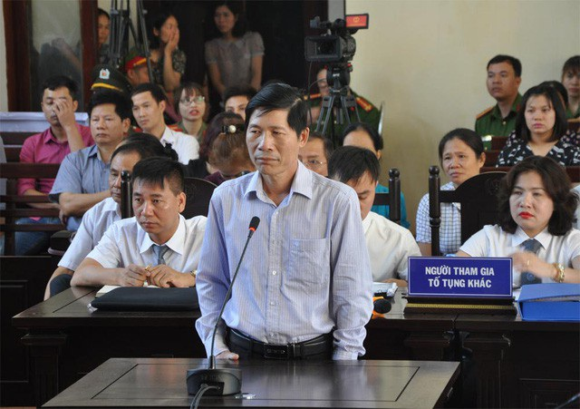 Ông Hoàng Đình Khiếu.