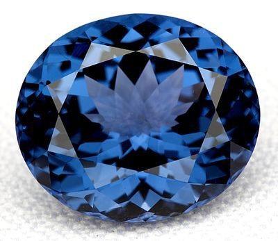 Viên kim cương xanh quý hiếm trị giá hơn 465 tỷ đồng từng bị một nhân viên bảo vệ đánh cắp. (Nguồn: News In Asia)