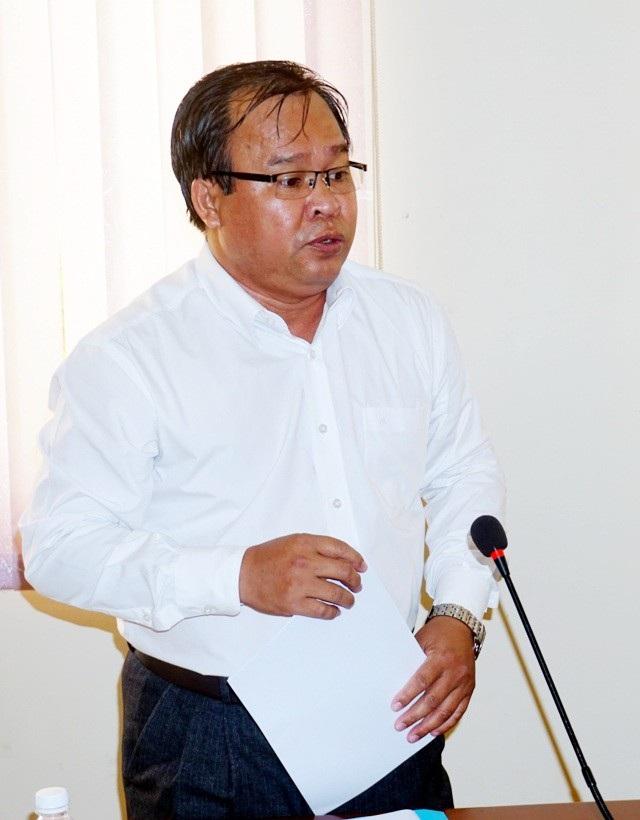 Giám đốc Sở Giáo dục và Đào tạo tỉnh Cà Mau Nguyễn Minh Luân cho biết, vẫn chưa chốt lại sẽ cắt hợp đồng bao nhiêu giáo viên trước ngày 1/9.