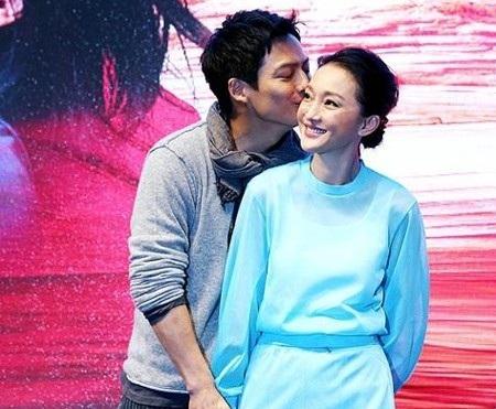Vợ chồng Châu Tấn - Cao Thánh Viễn từng rất hạnh phúc giai đoạn mới tổ chức đám cưới.