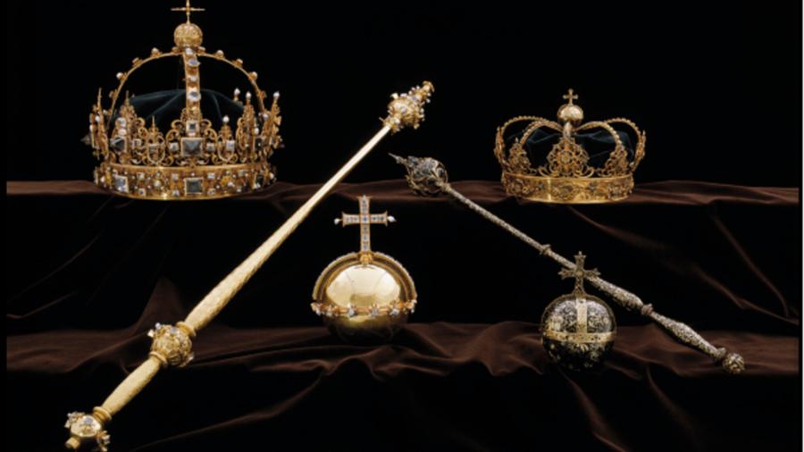 Vương miện và quả cầu hoàng gia Thụy Điển (Ảnh: Cảnh sát Thụy Điển)