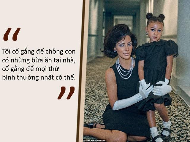 """Kim Kardashian giải thích thế nào khi bị con hỏi: """"Vì sao mẹ nổi tiếng?"""" - 2"""
