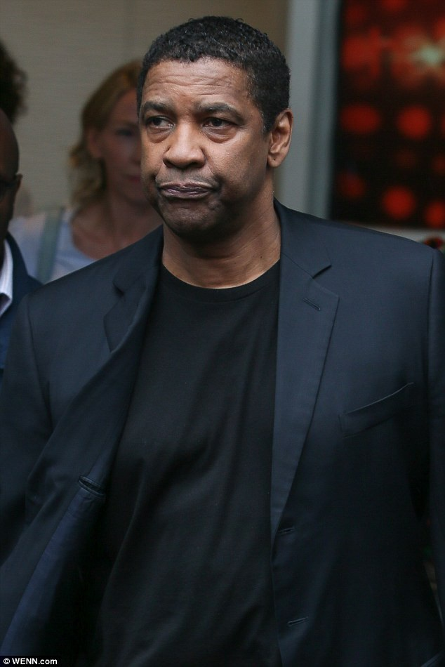 Nam tài tử Hollywood - Denzel Washington (63 tuổi).
