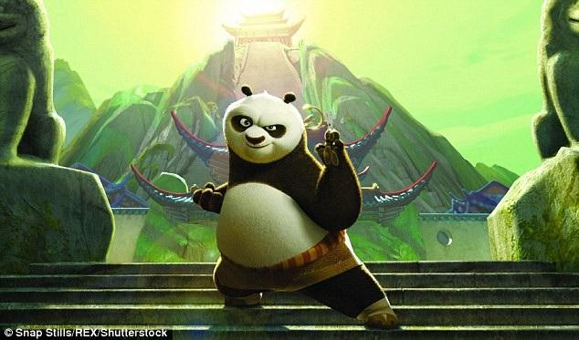 """Đoạn clip hài hước hiện đang lan truyền trên mạng xã hội Trung Quốc đã khiến người xem liên tưởng tới bộ phim hoạt hình """"Kung Fu Panda"""" (2008)."""