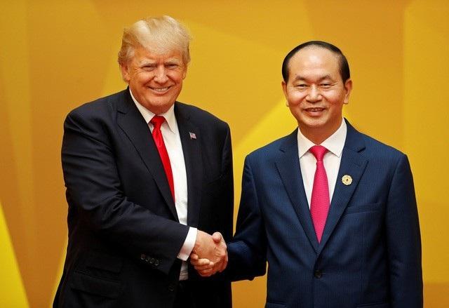Tổng thống Hoa Kỳ Donald Trump và Chủ tịch nước Trần Đại Quang (ảnh: Reuters)