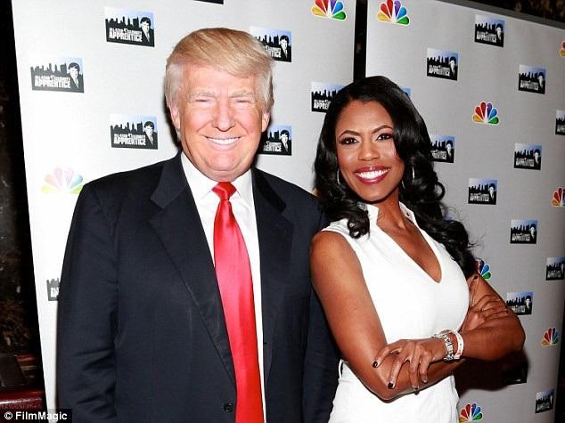 Tổng thống Donald Trump và bà Omarosa Manigault Newman (Ảnh: Film Magic)