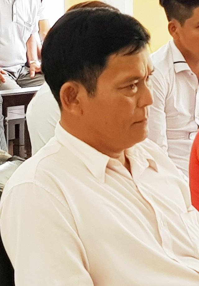 Công an huyện Cù Lao Dung cho biết đã có quyết định truy nã Trần Việt Hùng.