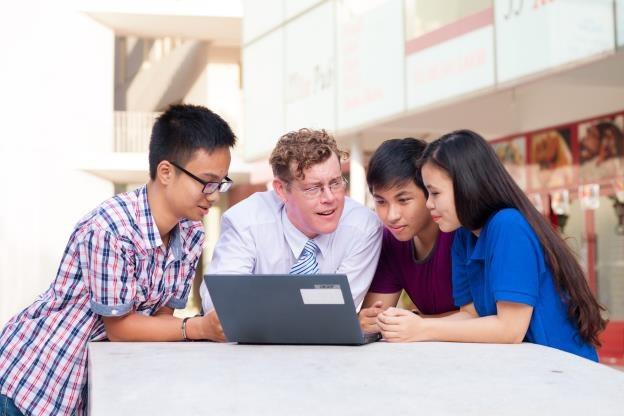 Khóa học bổ trợ kỹ năng trực tuyến hoàn toàn miễn phí.