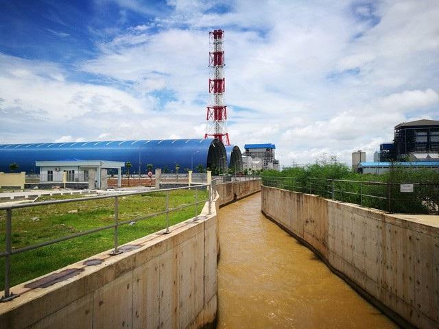 Nhiệt điện Thái Bình 1 - một nhà máy nổi bật trên cánh đồng lúa xanh rì của xã Mỹ Lộc, huyện Thái Thụy, Thái Bình