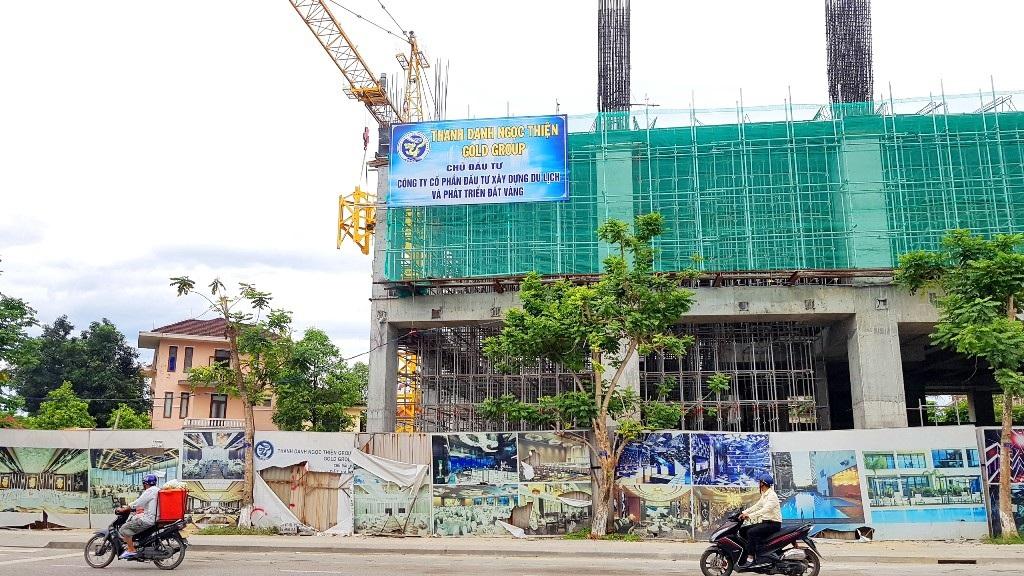 Hàng loạt nhà dân quanh dự án xây dựng cao cấp bị lún, nứt kinh hoàng! - Ảnh 20.