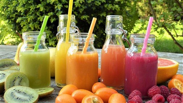 Nước ép trái cây có hàm lượng đường cao.