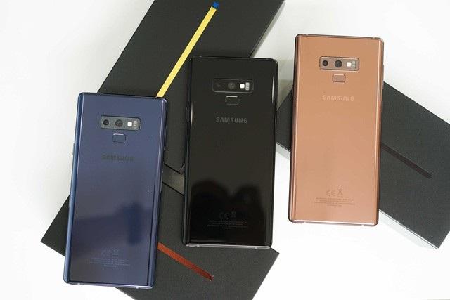 3 màu cơ bản của Galaxy Note9, ngoài ra còn phiên bản màu tím sẽ được giới thiệu sau ngày mở bán.