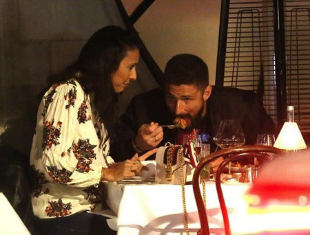 Vợ chồng Giroud đã có một bữa tối lãng mạn