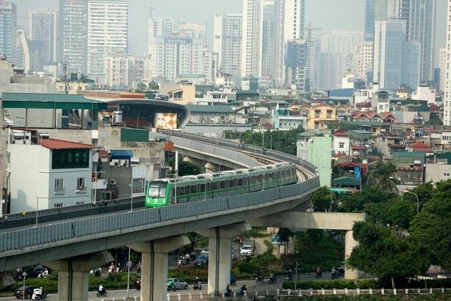 Dự án đường sắt đô thị Hà Nội tuyến Cát Linh - Hà Đông tăng từ 8.769 tỷ đồng lên 18.000 tỷ đồng.