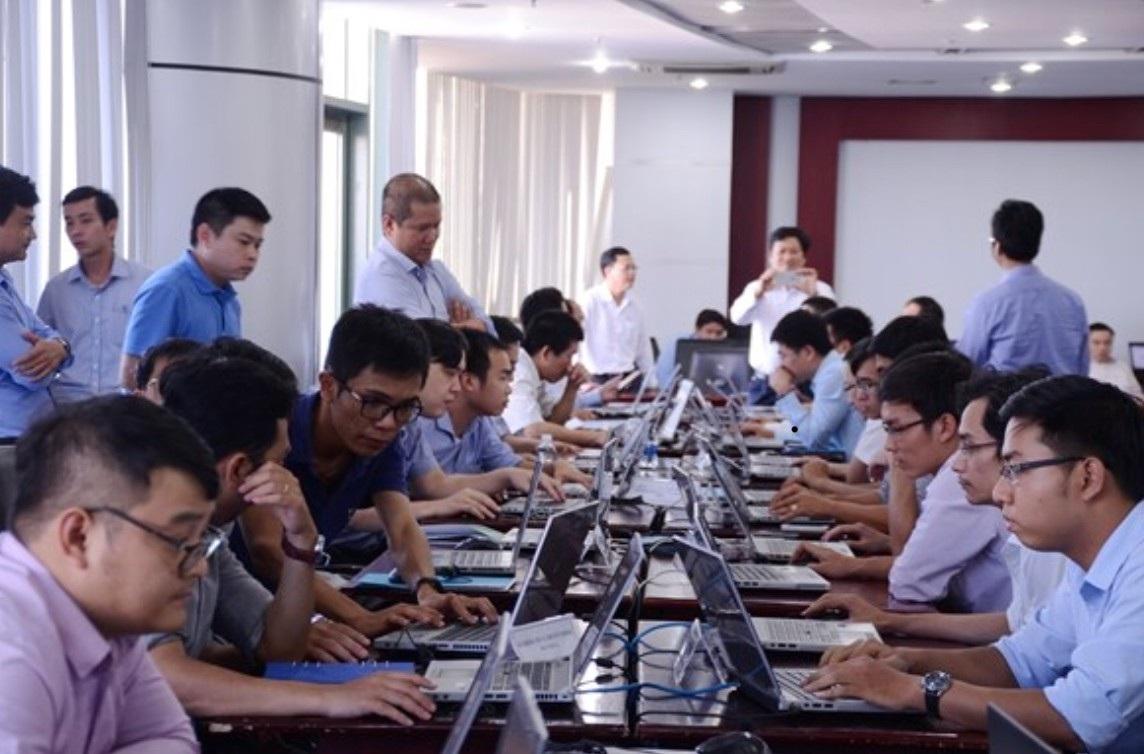 Trung tâm VNCERT cảnh báo tin tặc tấn cống có chủ đích vào một số cơ quan ở Đà Nẵng (ảnh minh hoạ: Diễn tập ứng phó sự cố an ninh mạng ở Đà Nẵng)