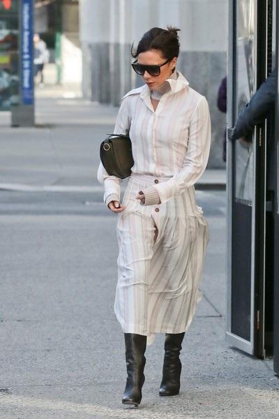 Victoria Beckham luôn khẳng định khả năng thực sự của cô là thiết kế thời trang chứ không phải ca hát