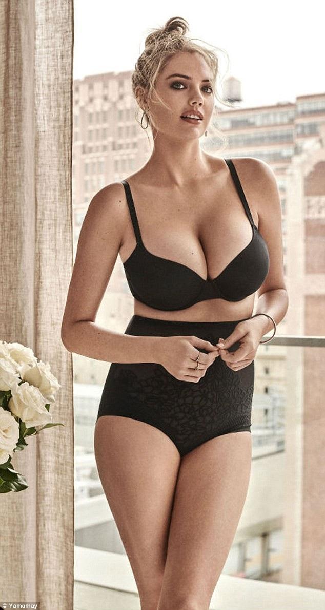 Siêu mẫu Kate Upton thì khoe vòng một khủng trong bộ ảnh quảng cáo mới của hãng Yamamay